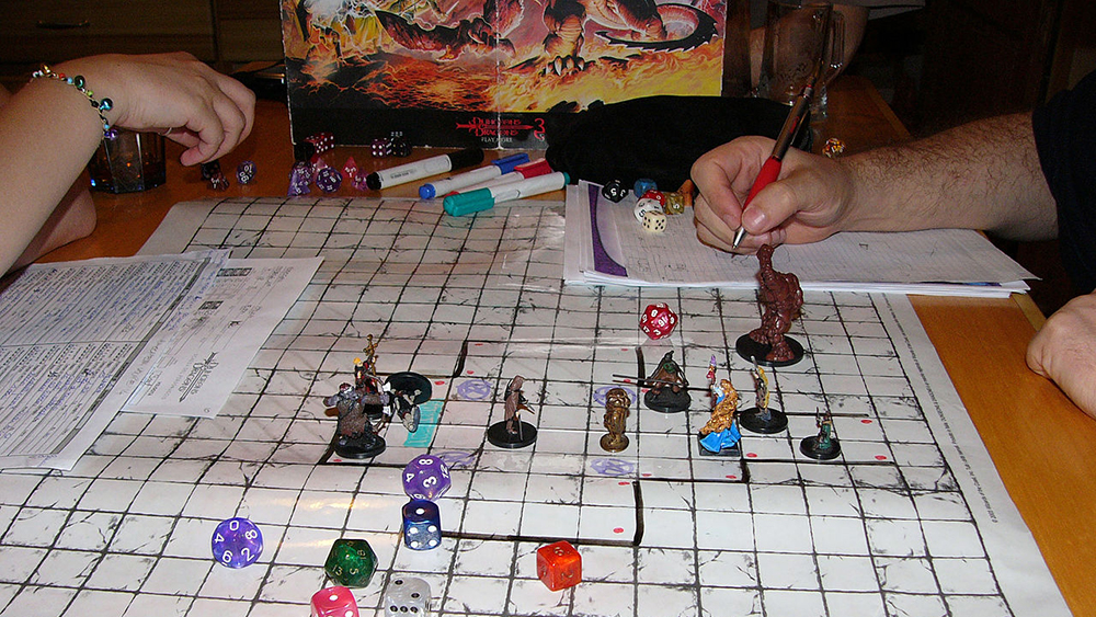 1280px-Dungeons_and_Dragons_game